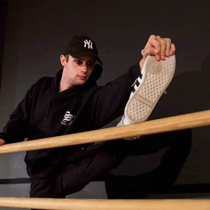 David Bezares, profesor de Harteraphia, nuevo concursante de 'Fama a Bailar' 1