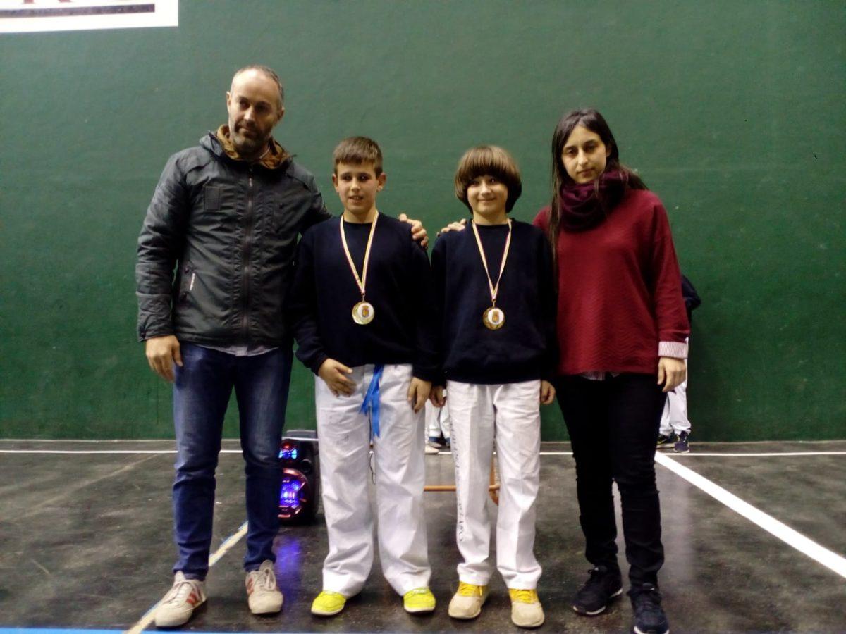 El Club Pelota Haro-Briones se corona como gran campeón autonómico de frontenis 11