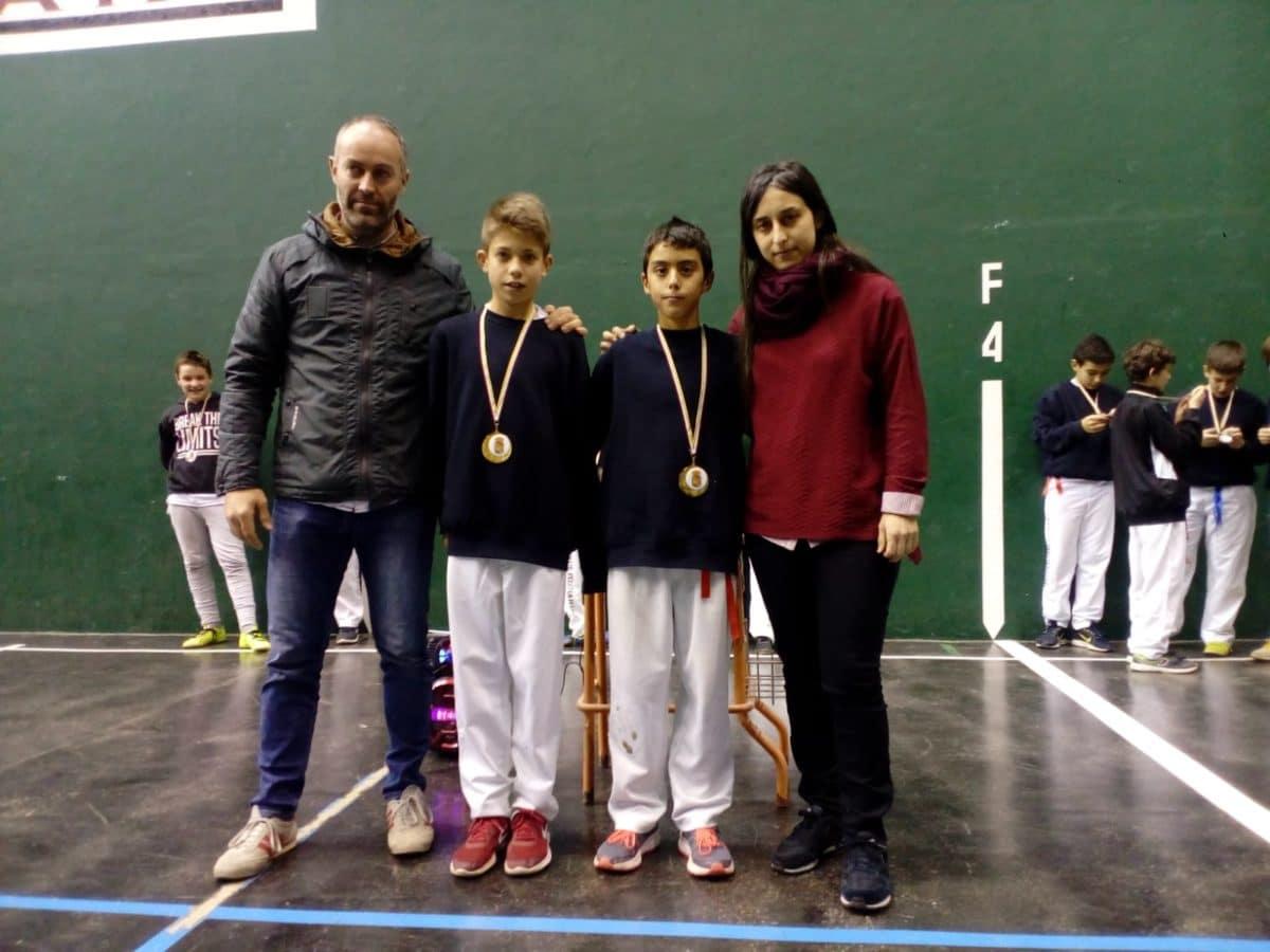 El Club Pelota Haro-Briones se corona como gran campeón autonómico de frontenis 9