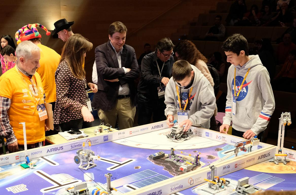 Menesianos de Santo Domingo y San Prudencio, ganadores de la First Lego League 23