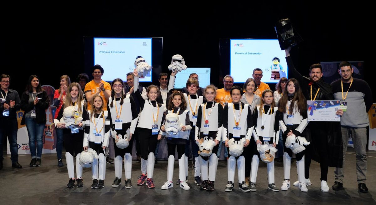 Menesianos de Santo Domingo y San Prudencio, ganadores de la First Lego League 27