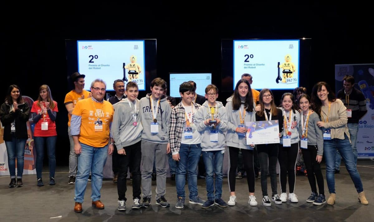 Menesianos de Santo Domingo y San Prudencio, ganadores de la First Lego League 31