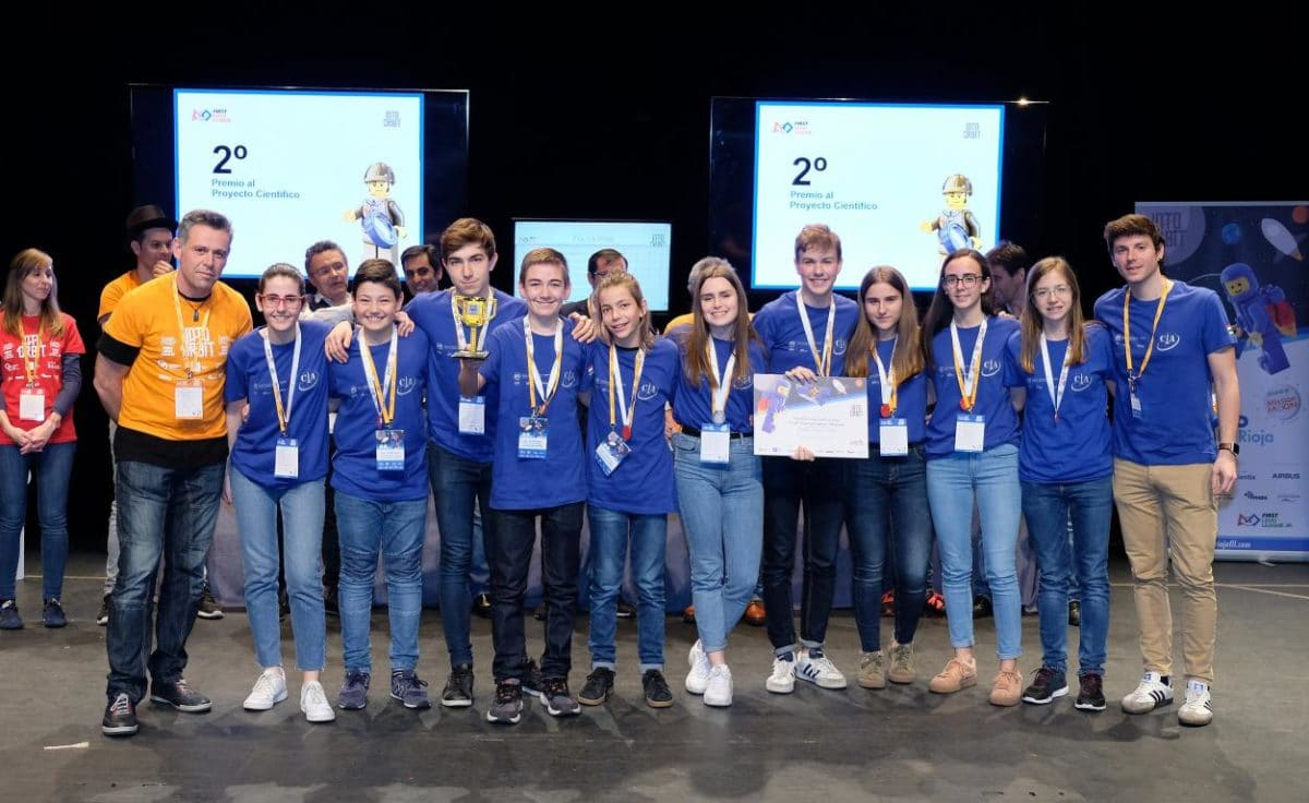 Menesianos de Santo Domingo y San Prudencio, ganadores de la First Lego League 33