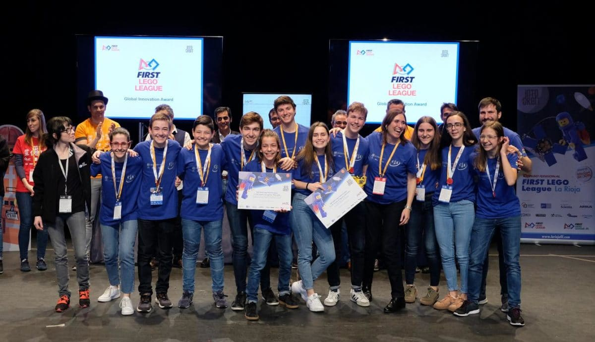 Menesianos de Santo Domingo y San Prudencio, ganadores de la First Lego League 35