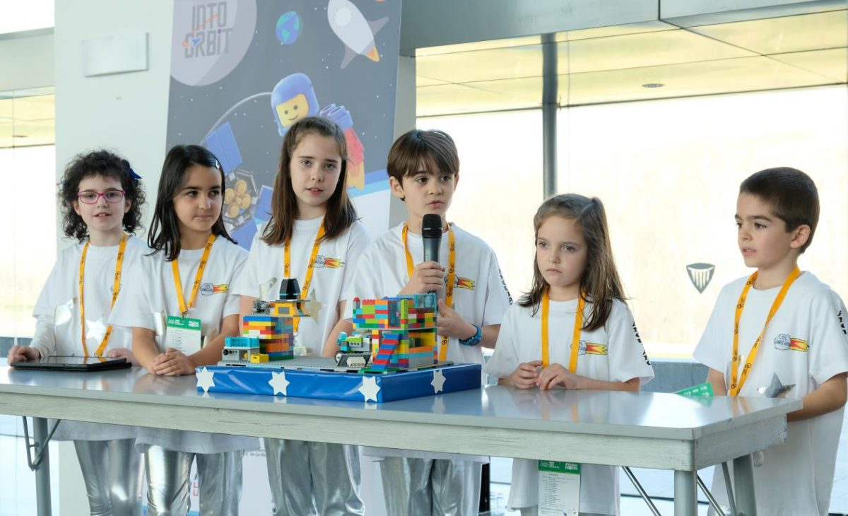 Menesianos de Santo Domingo y San Prudencio, ganadores de la First Lego League 9