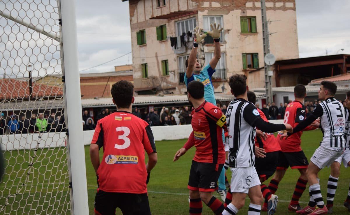 Haro, Náxara y La Calzada encaran la recta final del campeonato 1