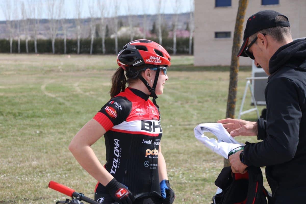 La jarrera María Lopéz, segunda en el arranque de los Juegos Deportivos de BTT 5