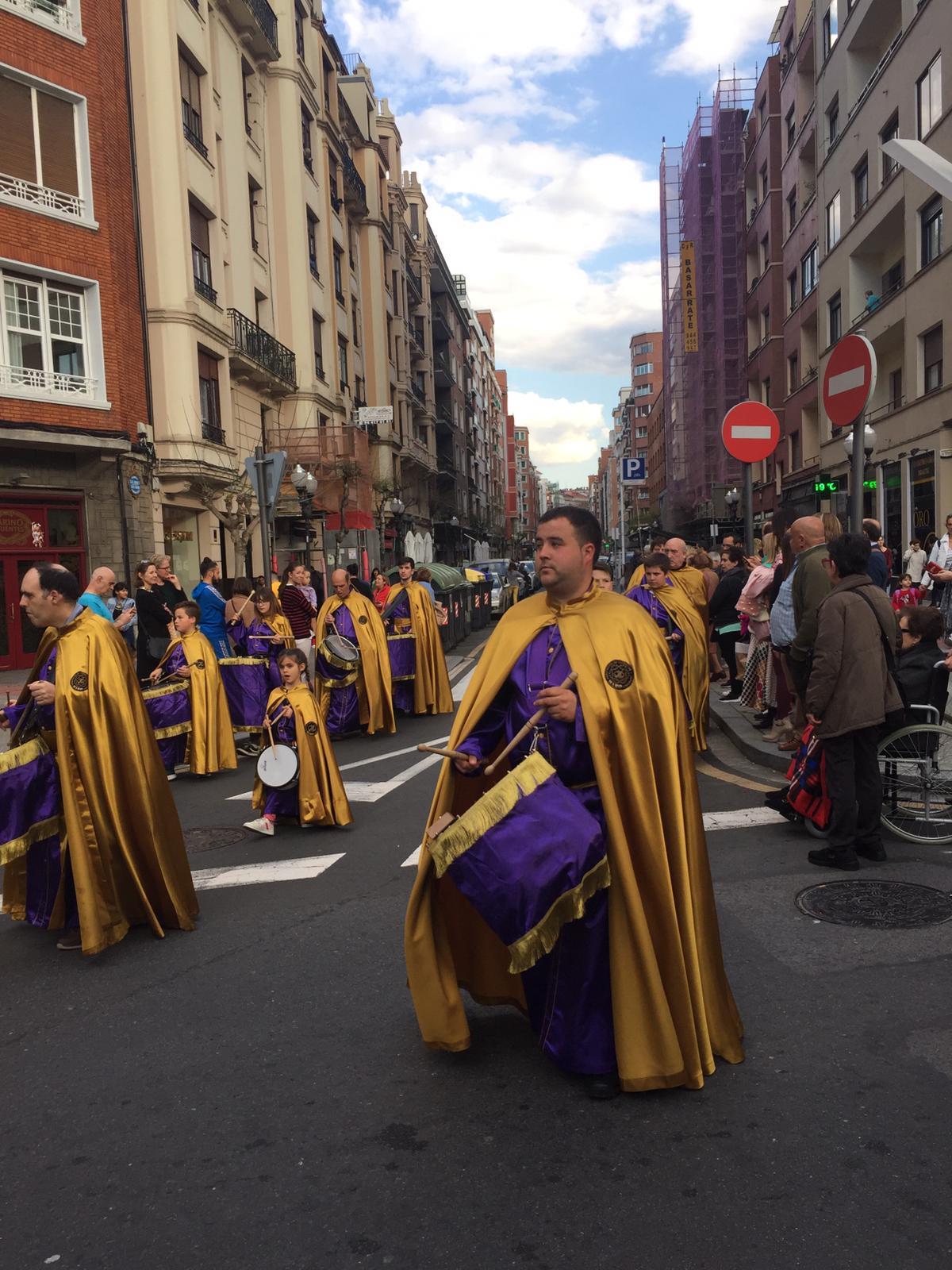 Las imágenes de la participación de la Agrupación de Cornetas y Tambores de Haro en la Exaltación de Clarines y Tambores de Bilbao 5