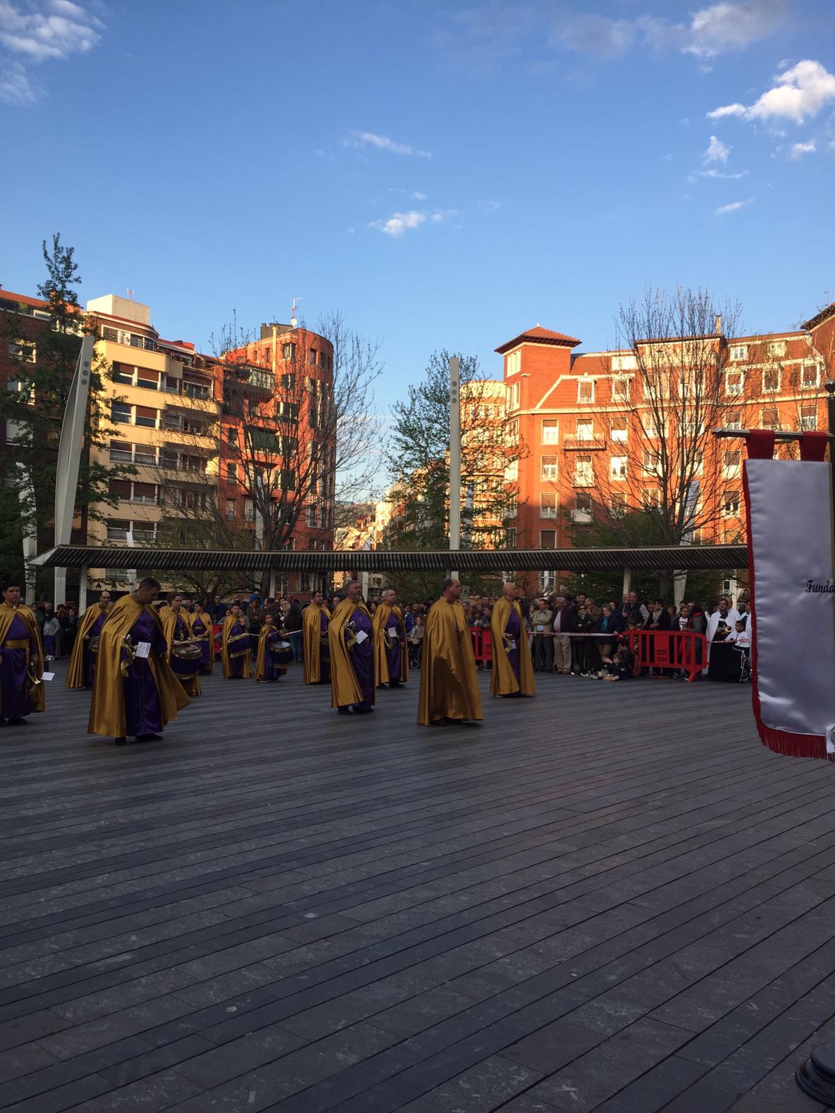 Las imágenes de la participación de la Agrupación de Cornetas y Tambores de Haro en la Exaltación de Clarines y Tambores de Bilbao 6