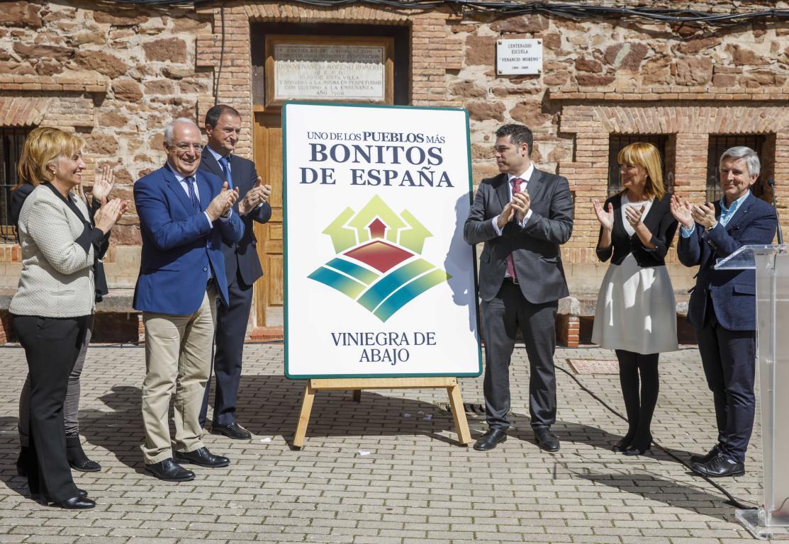 Las Viniegras, reconocidos oficialmente como unos de los 'Pueblos más Bonitos de España' 1