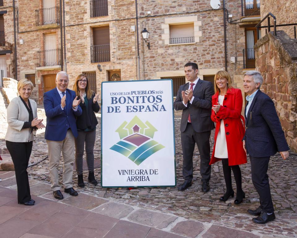 Las Viniegras, reconocidos oficialmente como unos de los 'Pueblos más Bonitos de España' 3