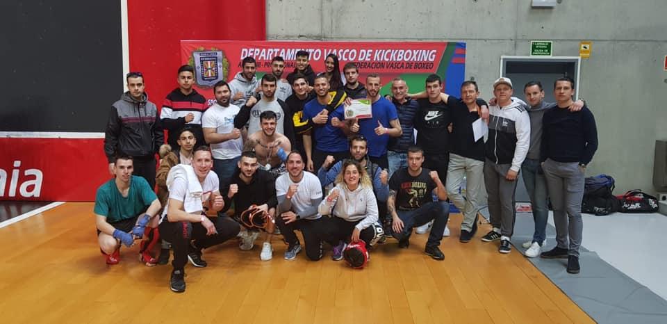 Mikel Sánchez se corona campeón de Euskadi de Kickboxing en Bilbao 1