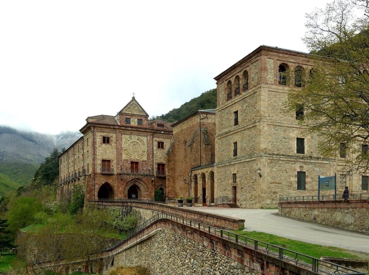 El Monasterio de Valvanera, uno de los emblemas culturales y turísticos de La Rioja | Foto: Josu Bilbao Fullaondo