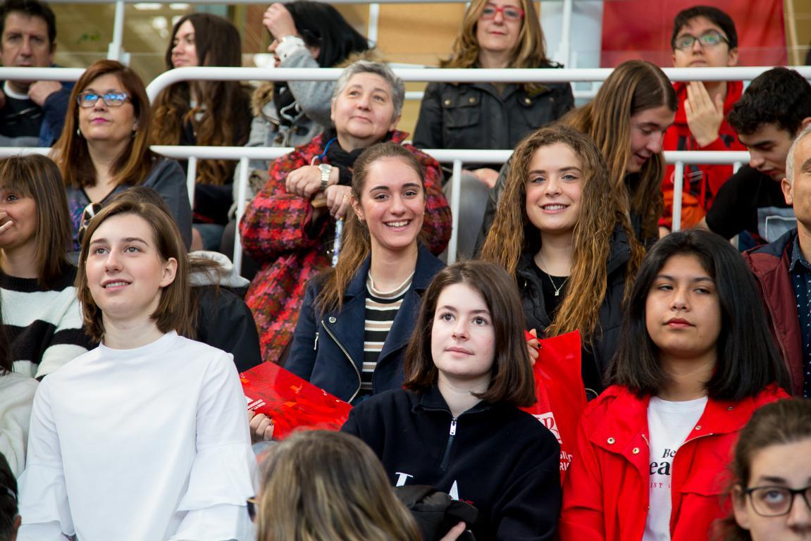400 futuros estudiantes participan en las jornadas de puertas abiertas de la UR 2