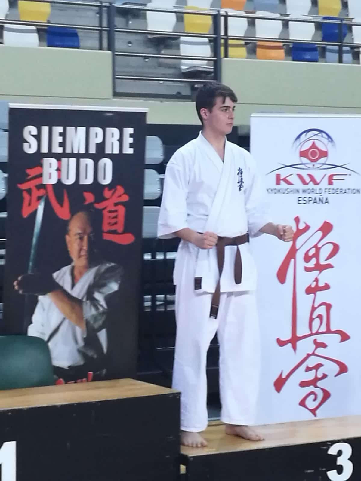 Adrián Para e Iván Olarte suben al podio en el Campeonato de España de Kyokushin 2