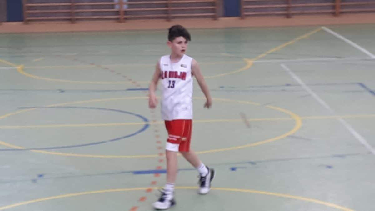 Asier Guerras, convocado por la Selección Riojana de Baloncesto para disputar el Campeonato de España 1