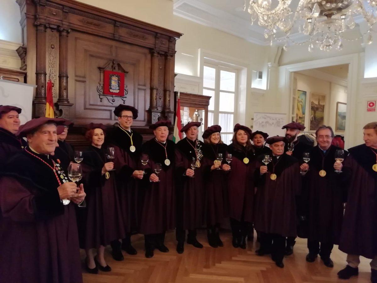 El Centro Riojano de Madrid ya es Cofrade de Honor de la Cofradía del Vino de Rioja 1