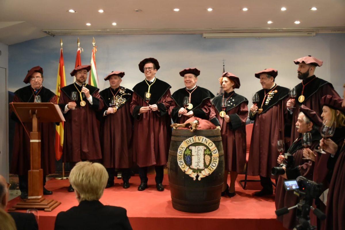 El Centro Riojano de Madrid ya es Cofrade de Honor de la Cofradía del Vino de Rioja 2