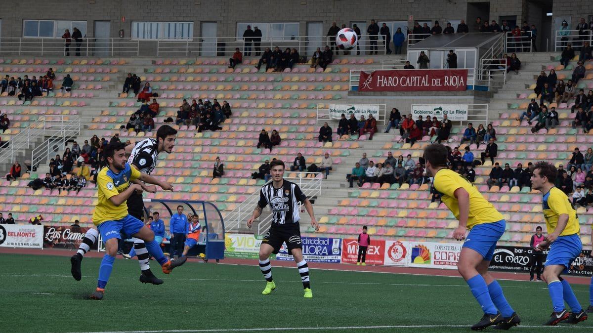 El Haro golea al Rapid y asegura el playoff 11