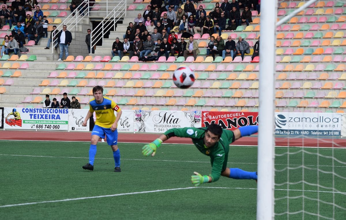 El Haro golea al Rapid y asegura el playoff 6