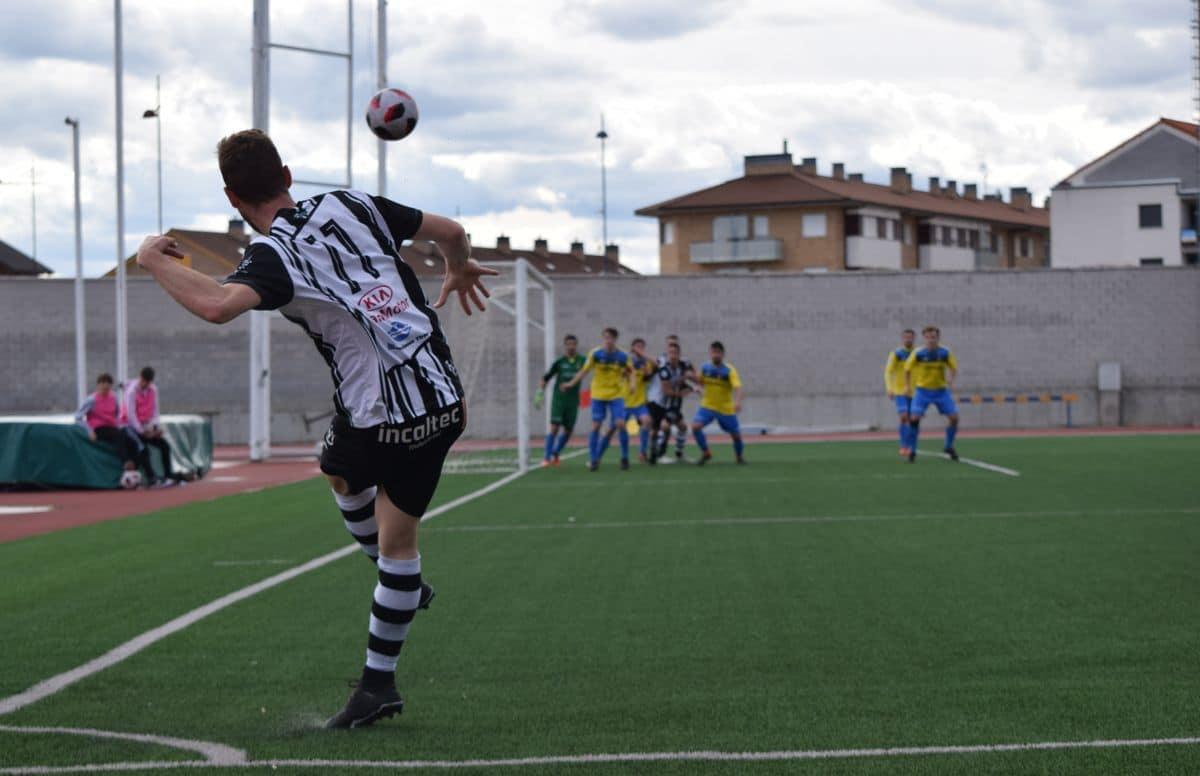 El Haro golea al Rapid y asegura el playoff 10
