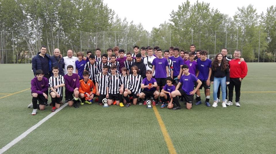 El Haro Sport Club alza el trofeo del torneo cadete Haro Capital del Rioja 5