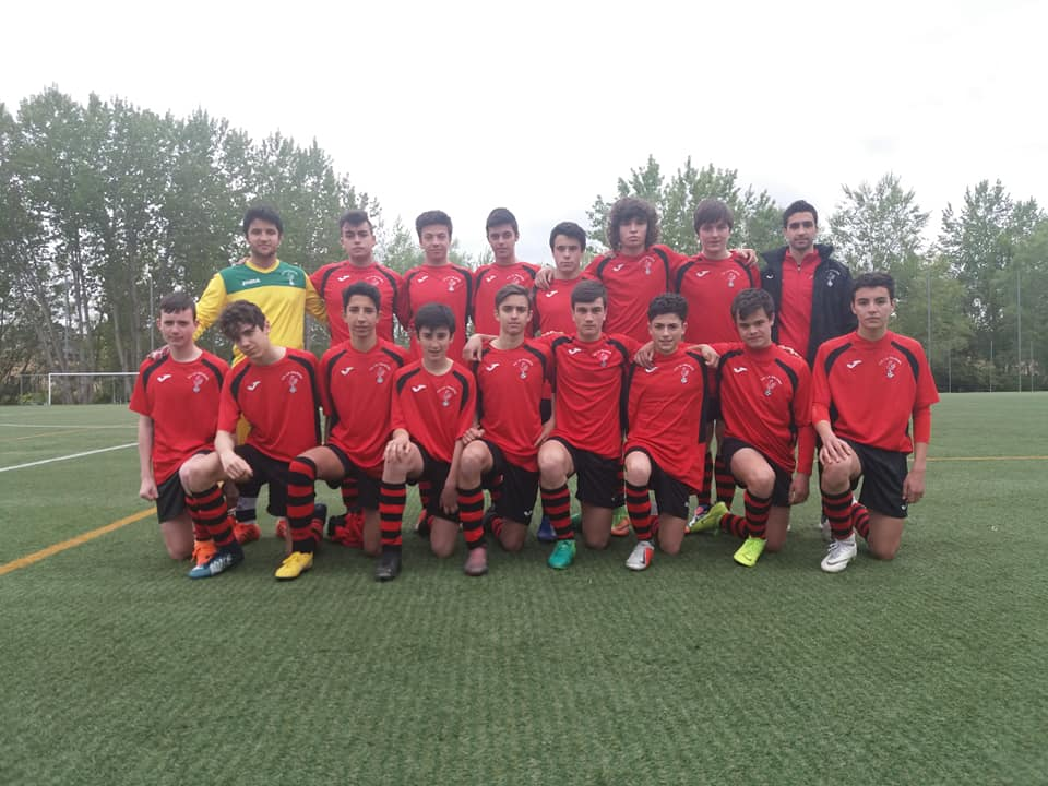 El Haro Sport Club alza el trofeo del torneo cadete Haro Capital del Rioja 7