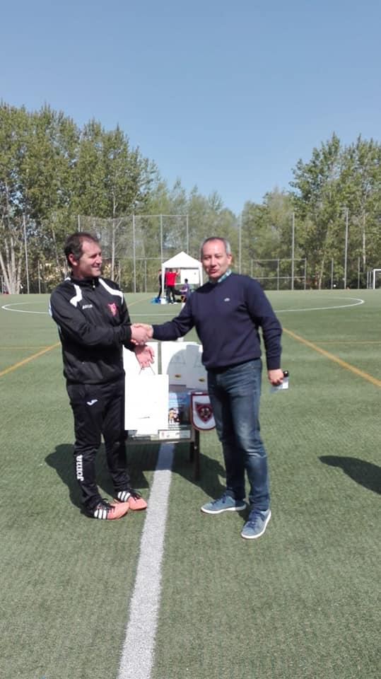El Haro Sport Club alza el trofeo del torneo cadete Haro Capital del Rioja 12