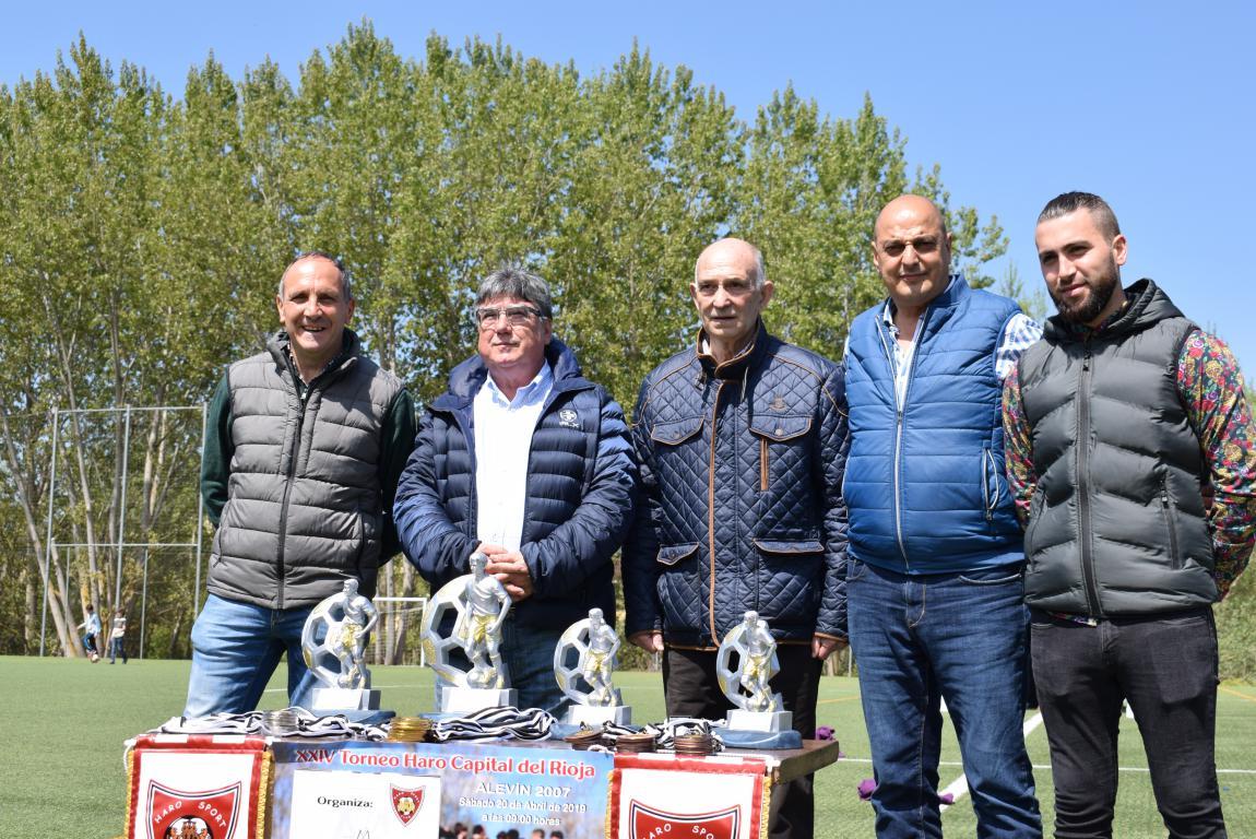 El Haro Sport Club, campeón del torneo alevín Haro Capital del Rioja 1