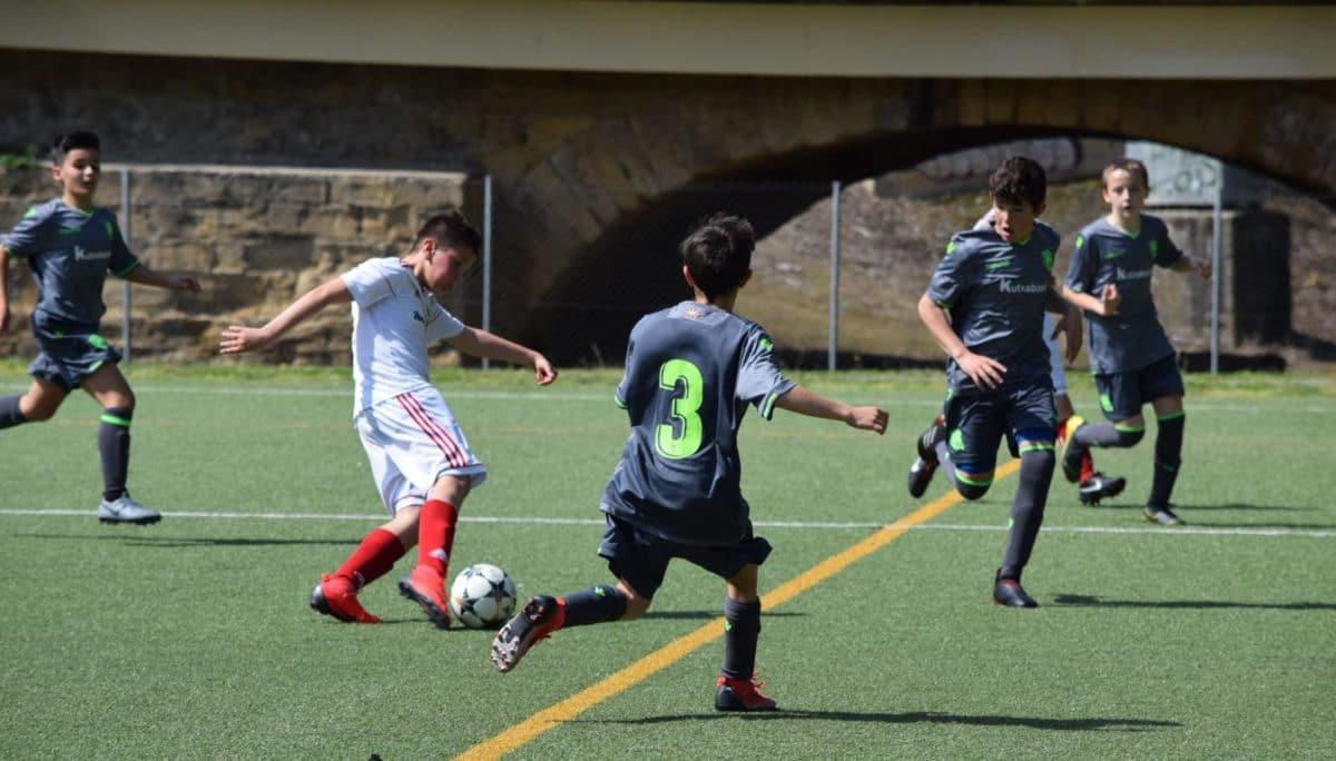 El Haro Sport Club, campeón del torneo alevín Haro Capital del Rioja 11