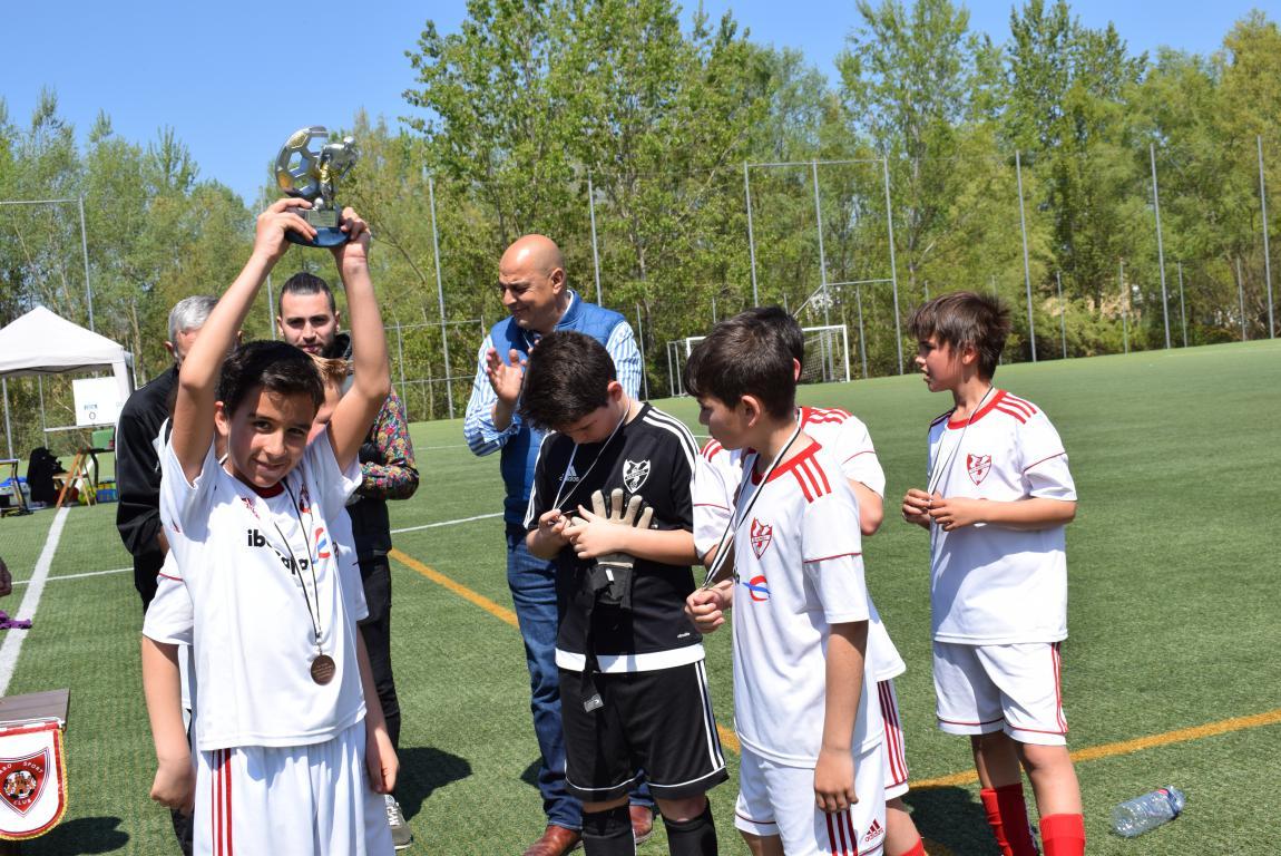 El Haro Sport Club, campeón del torneo alevín Haro Capital del Rioja 50
