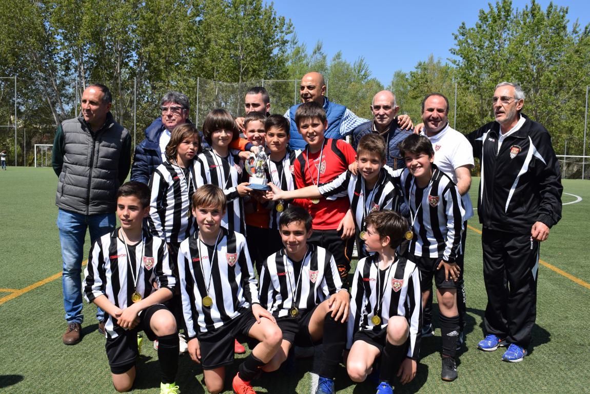 El Haro Sport Club, campeón del torneo alevín Haro Capital del Rioja 52