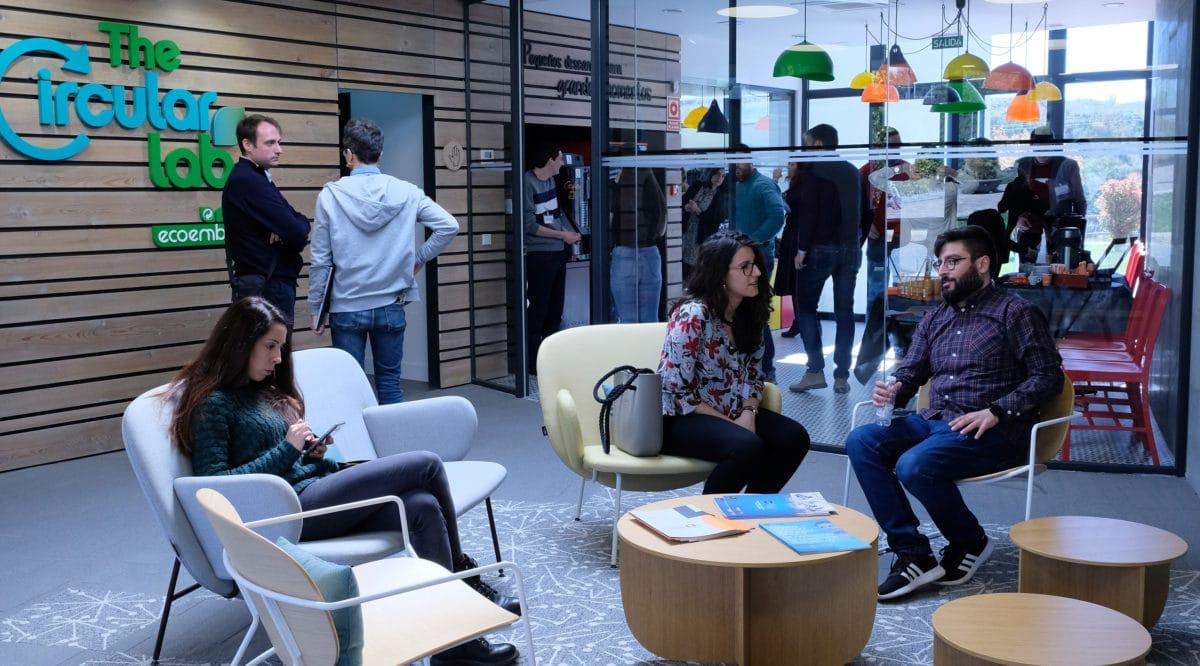 El I Foro de Marketing Digital reúne a más de 50 empresas riojanas con la misión de impulsar su competitividad 21