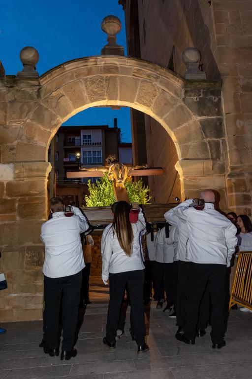 El pregón de la Coral y el Traslado del Cristo Yacente meten a Haro de lleno en Semana Santa 11