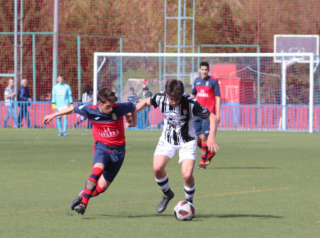 Goleada del Haro en Viana y un partido menos para el título 1