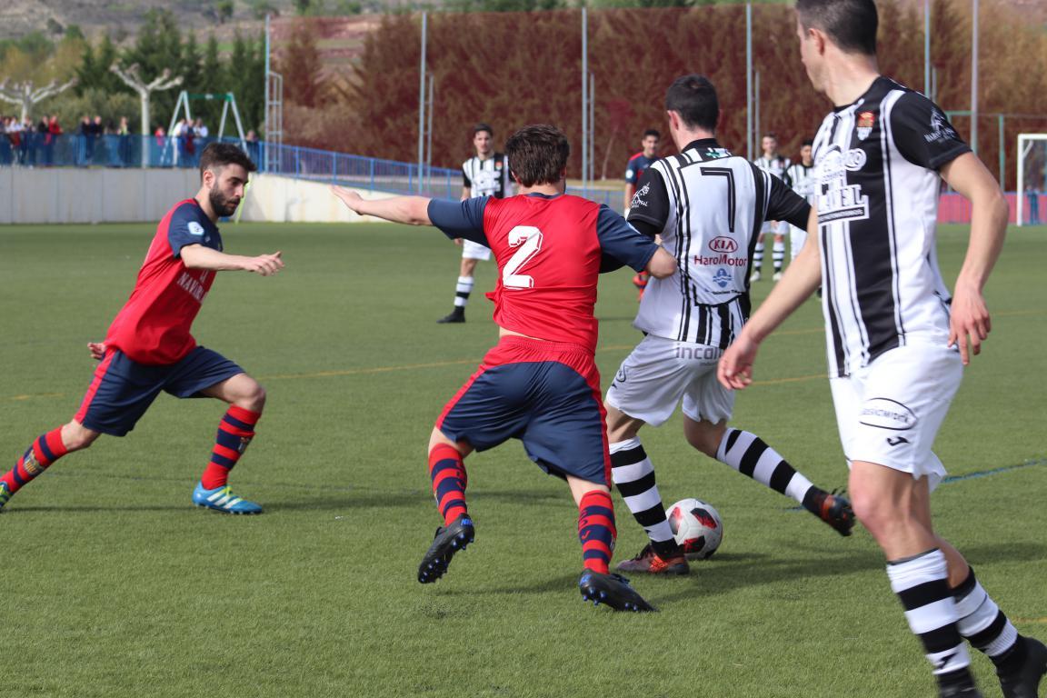 Goleada del Haro en Viana y un partido menos para el título 24