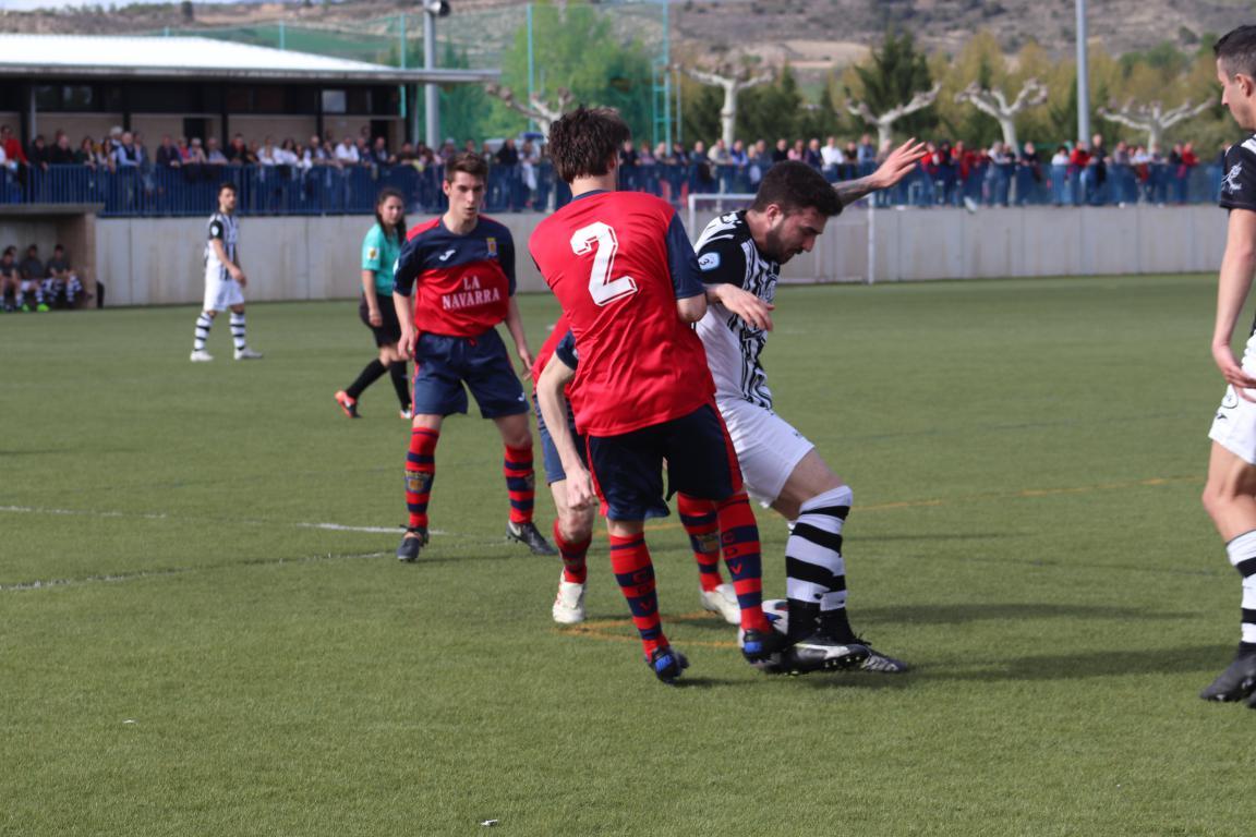 Goleada del Haro en Viana y un partido menos para el título 15