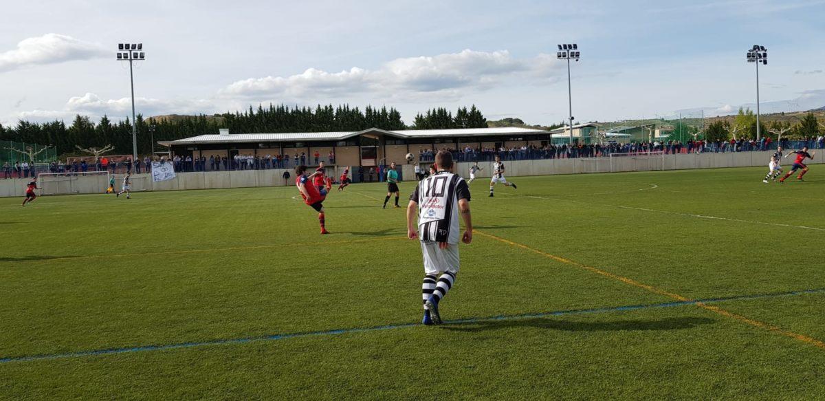 Goleada del Haro en Viana y un partido menos para el título 12