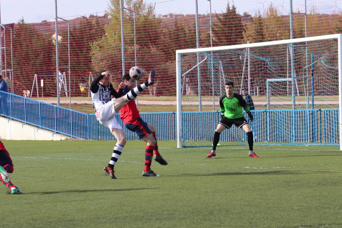 Goleada del Haro en Viana y un partido menos para el título 16