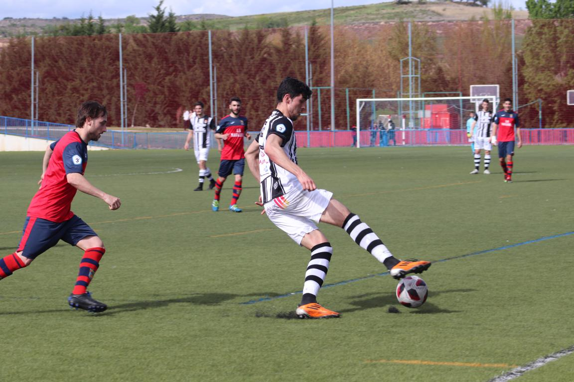 Goleada del Haro en Viana y un partido menos para el título 20