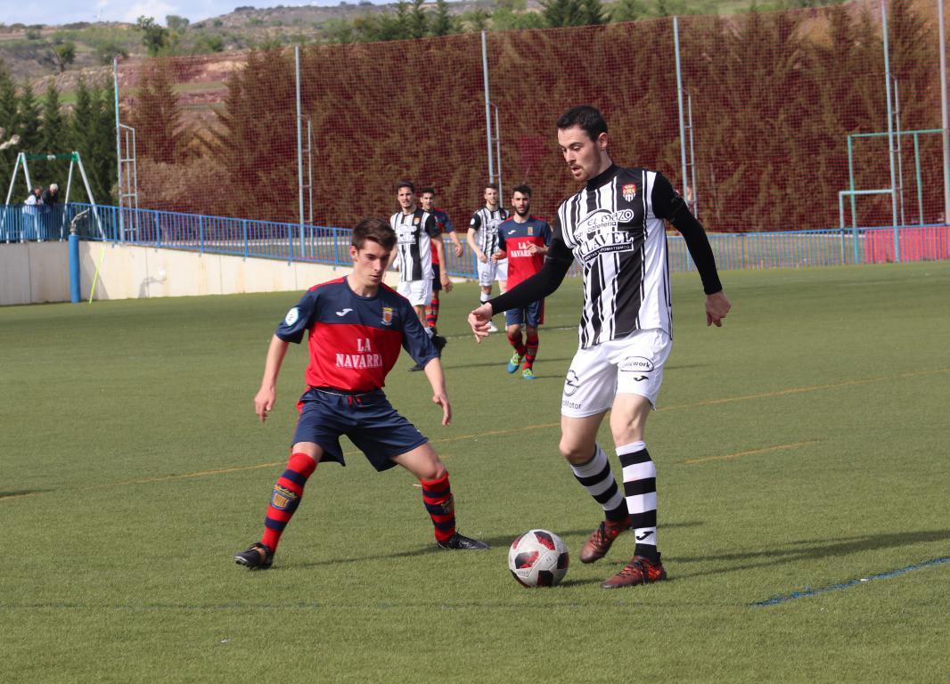 Goleada del Haro en Viana y un partido menos para el título 22