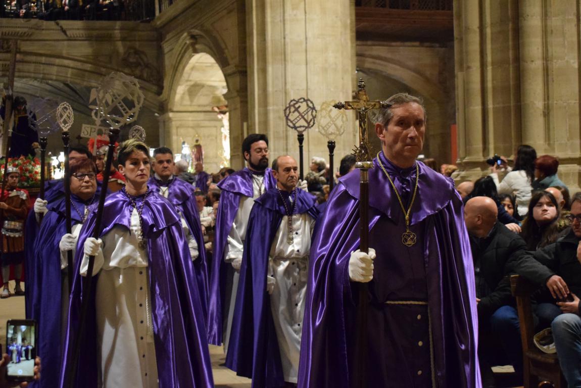 La lluvia obliga a trasladar la procesión de Jueves Santo a la parroquia 14