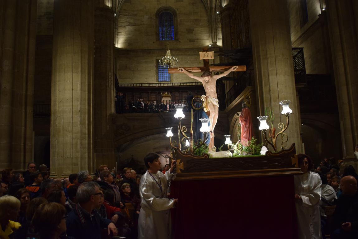 La lluvia obliga a trasladar la procesión de Jueves Santo a la parroquia 12