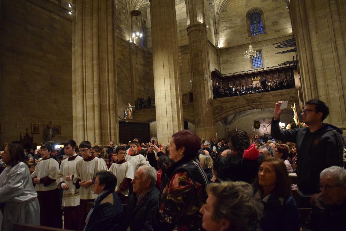La lluvia obliga a trasladar la procesión de Jueves Santo a la parroquia 11