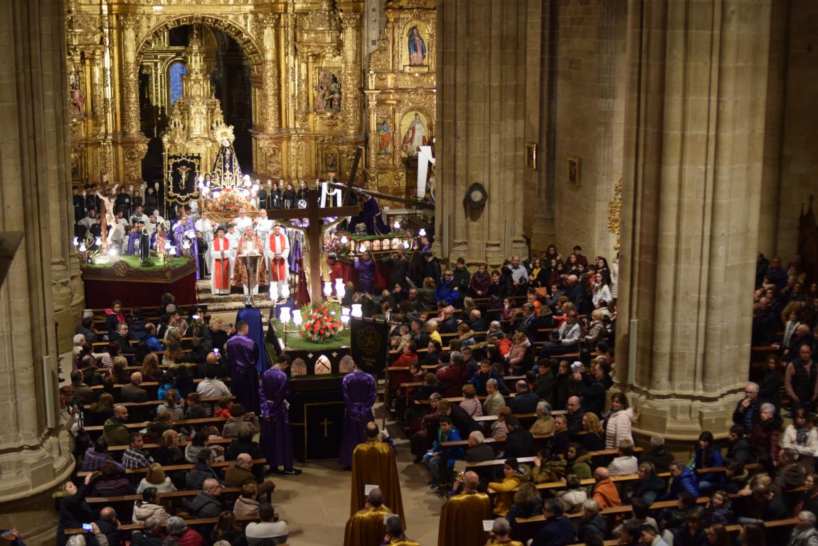 La lluvia obliga a trasladar la procesión de Jueves Santo a la parroquia 3