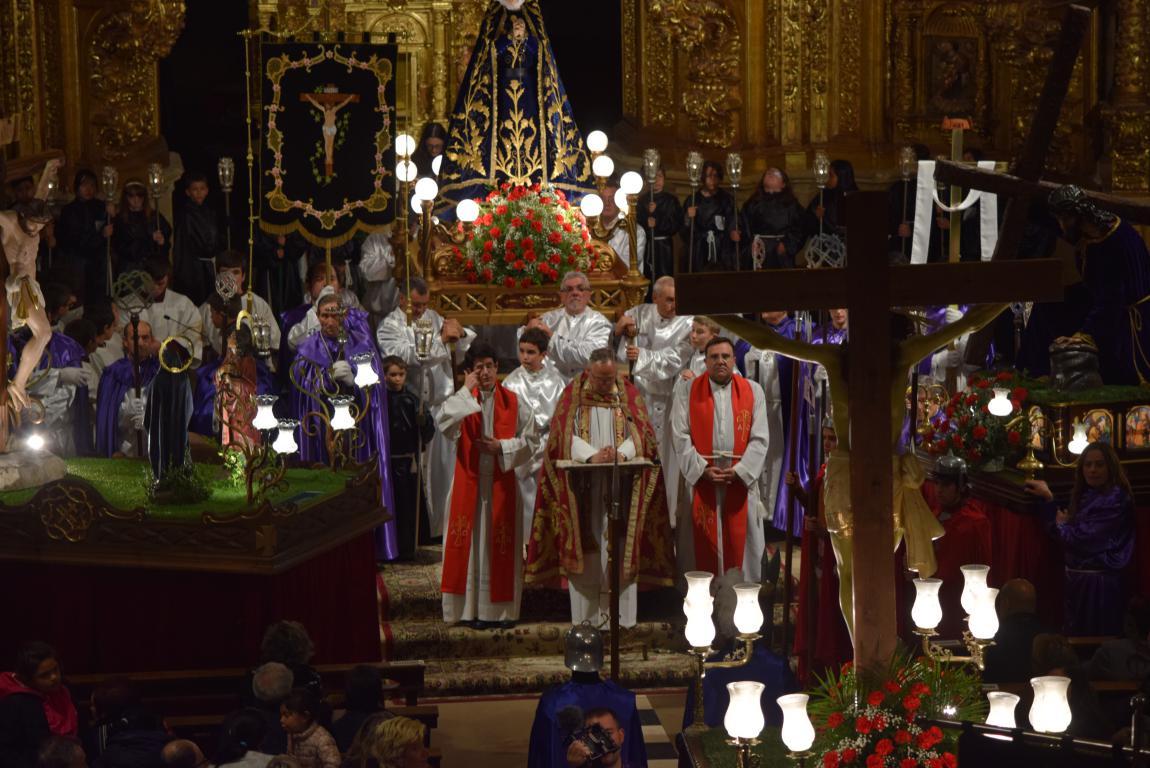La lluvia obliga a trasladar la procesión de Jueves Santo a la parroquia 2
