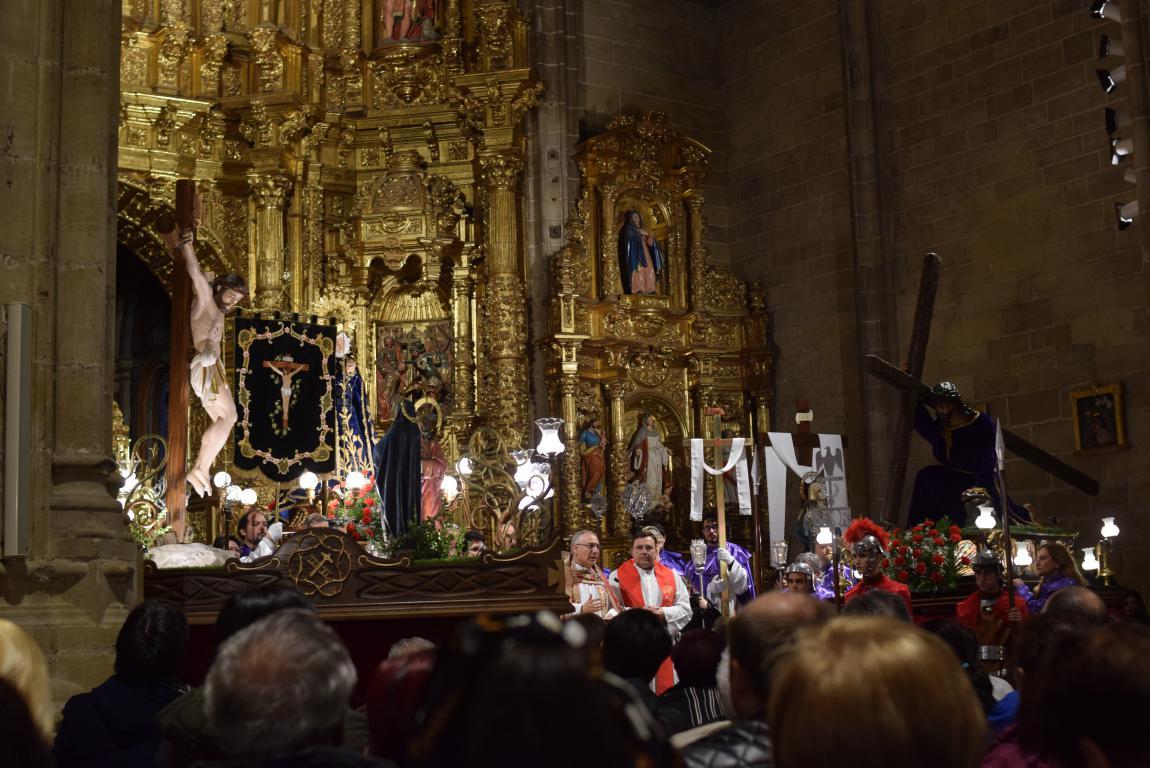 La lluvia obliga a trasladar la procesión de Jueves Santo a la parroquia 8