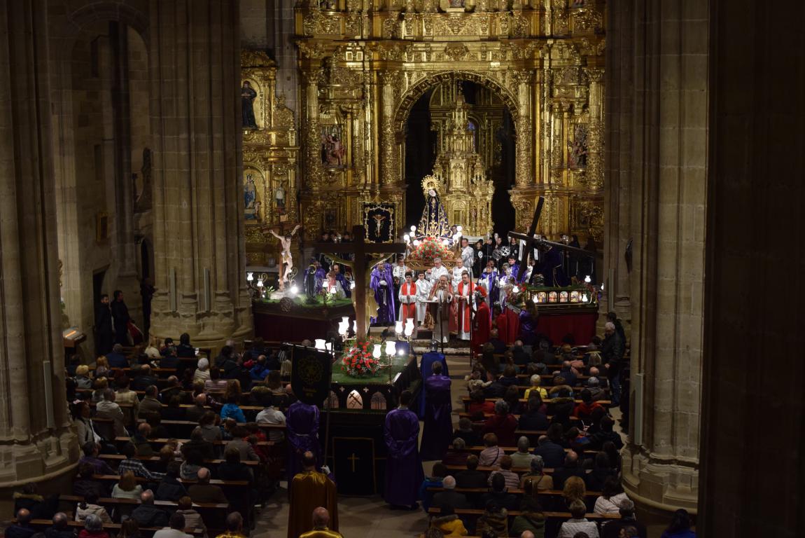 La lluvia obliga a trasladar la procesión de Jueves Santo a la parroquia 1