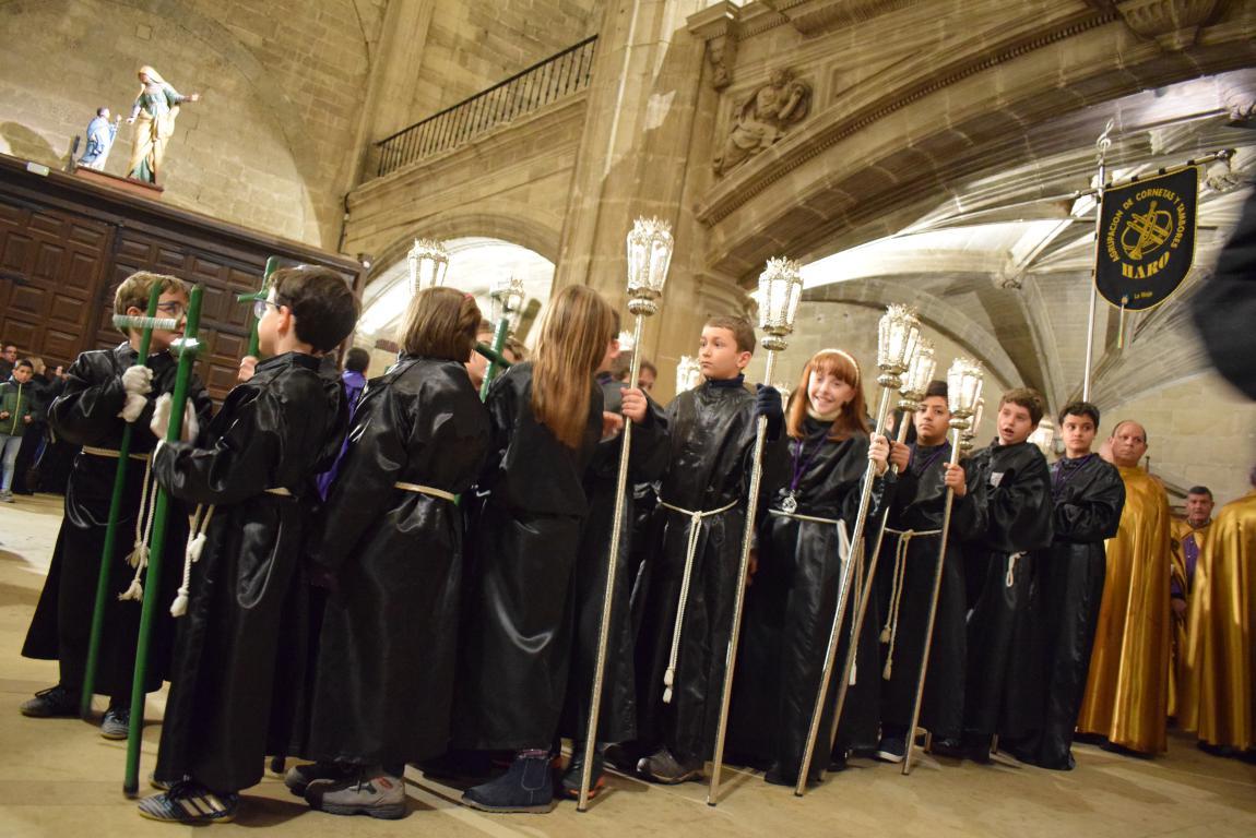 La lluvia obliga a trasladar la procesión de Jueves Santo a la parroquia 20