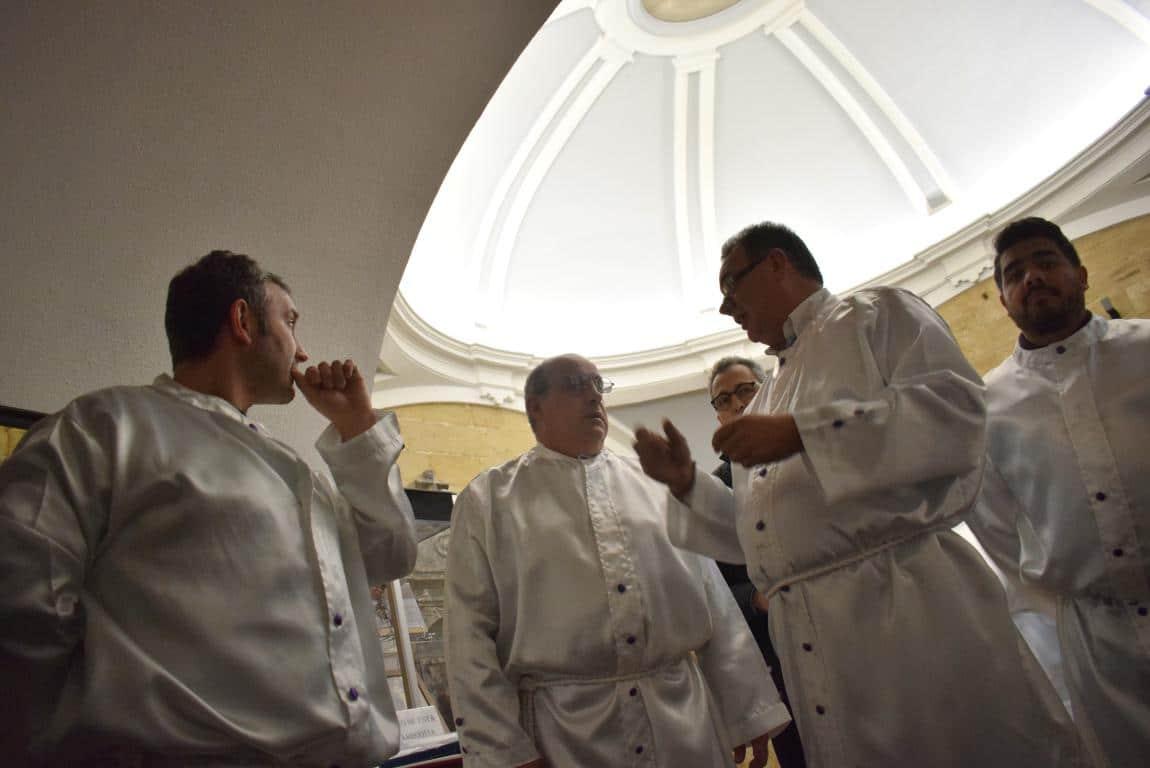 La lluvia obliga a trasladar la procesión de Jueves Santo a la parroquia 30